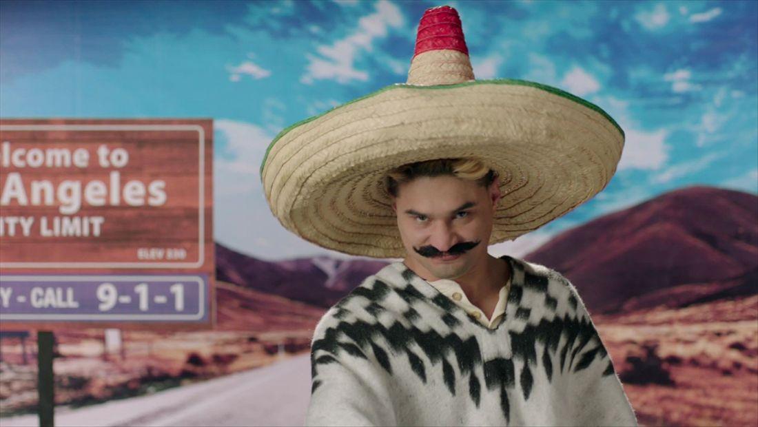 """""""Pinches gringos racistas"""" grita Brandon"""