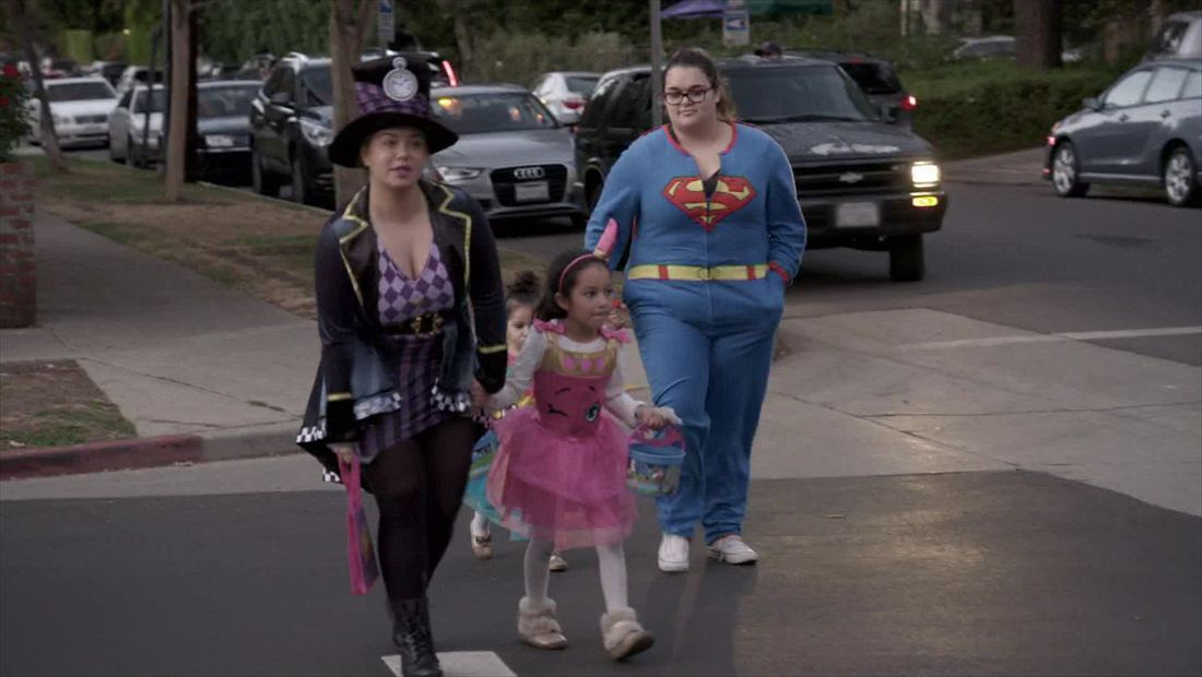 Trick or treating with Chiquis and Jenicka