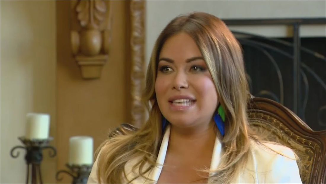 Chiquis cuenta en 'Detrás de la Fama' lo que sintió cuando Jenni le dedicó 'Paloma Negra' (VIDEO)