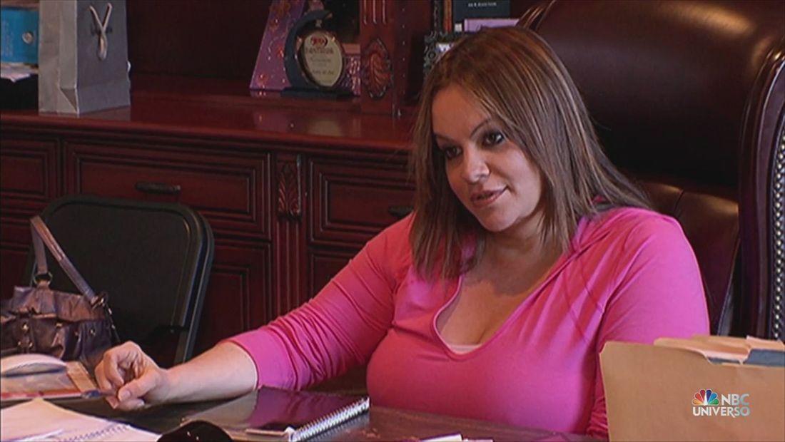 I love Jenni: Los doctores encuentran una masa en el seno de Jenni (VIDEO)