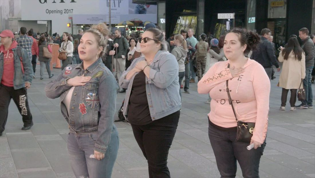 Chiquis, Jenicka, and Jacqie meet NYC cops