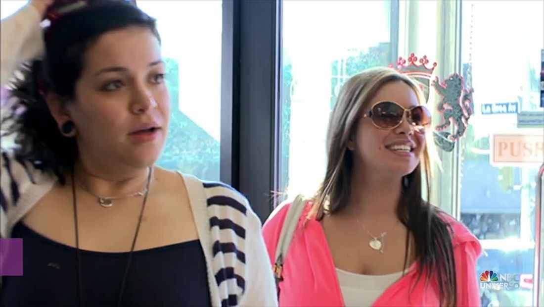 I love Jenni: Chiquis y Jaqui van a comprar muebles (VIDEO)