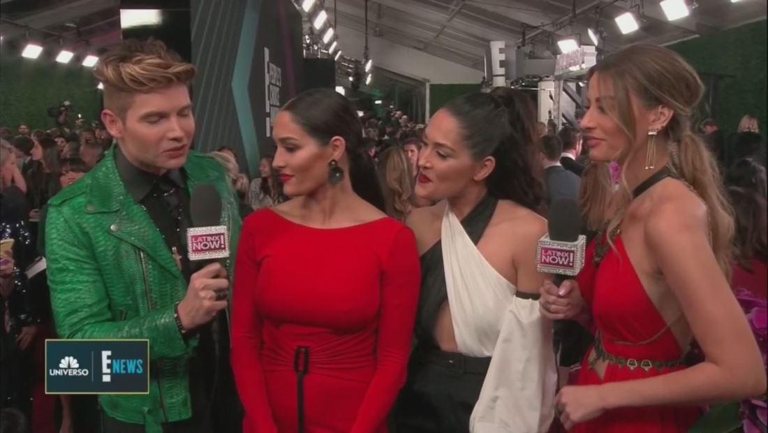 """""""The Bella Twins nos hablan un poquito de español"""""""
